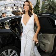 Voiture officielle du Festival de Cannes aux vitres teintées