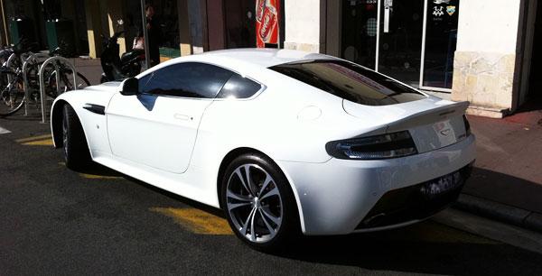 Vitre Teinté Voiture Aston Martin