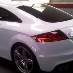 Pose de film vitre teintée voiture et protection solaire automobile