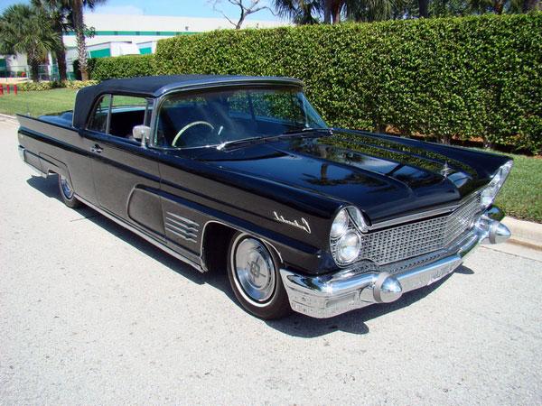 Limousine Lincoln convertible