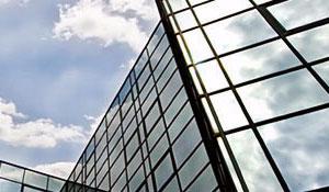 Pose de film de protection solaire bâtiment
